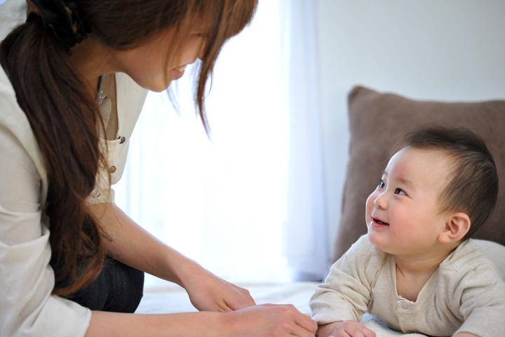 赤ちゃんの発達とおもちゃ
